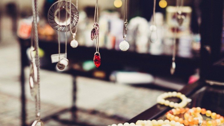 7 motivos para você revender semi joias